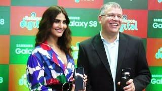 Vani Kapoor Launch Of Samsung GALAXY S-8