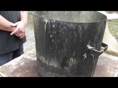Adobe plancha stove with ramped combustion chamber