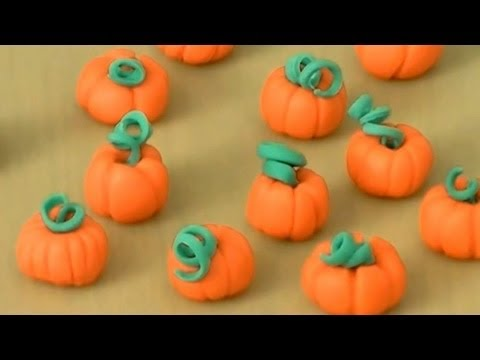How to Make a Fondant Pumpkin by Cookies Cupcakes and Cardio