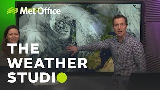 Download Storm Gareth is on the way - The Weather Studio Video