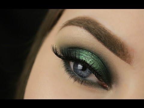 St. Patrick's Day Green Spotlight Smokey Eye | Makeup Geek