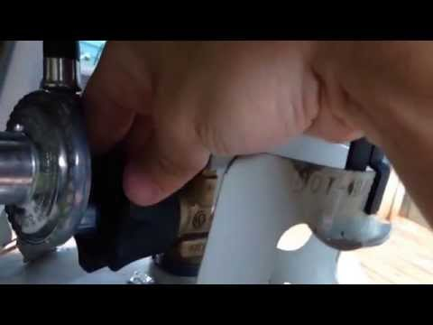How to connect propane tank to gas grill