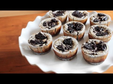 Mini Oreo Cheesecakes | SweetTreats