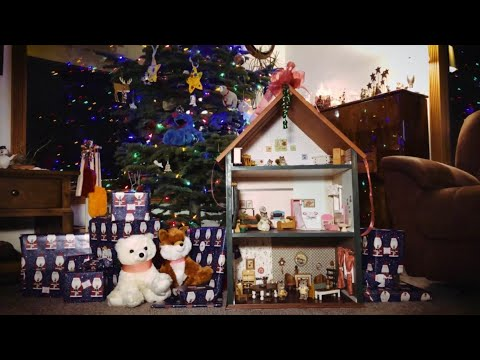 HOLIDAY SPECIAL: How to Build a Dollhouse!  MAGICAL!