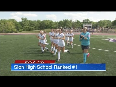 Undefeated Notre Dame de Sion girls soccer team ranked No. 1 in nation