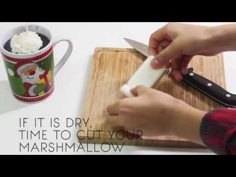 DIY CHRISTMAS CANDLE / MAKING YOUR OWN ADORABLE HOT CHOCOLATE CANDLE/ EASY AND FUN