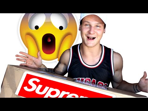 SUPREME  SURPRISE PACK UNBOXING !!