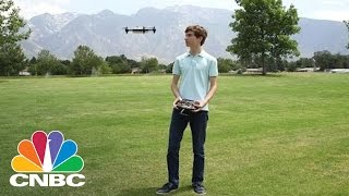 18-Year-Old Entrepreneur Builds World