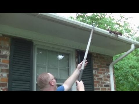 Super Easy Rain Gutter Clean Out!  Rick's Tips!  Noreen's Kitchen