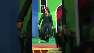 Beautiful Dance by Mehk Noor and Naseem Vicky 2019