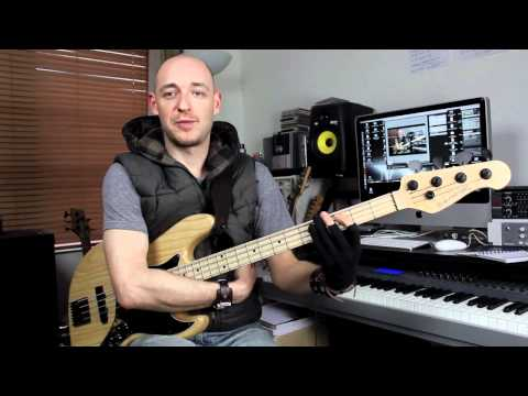 Right and Left Hand Positioning for Bass Guitar - Lesson with Scott Devine (L#59)