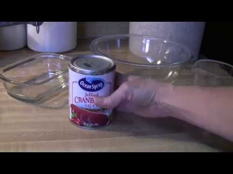 Thanksgiving Food Removing Cranberry Sauce in One Piece