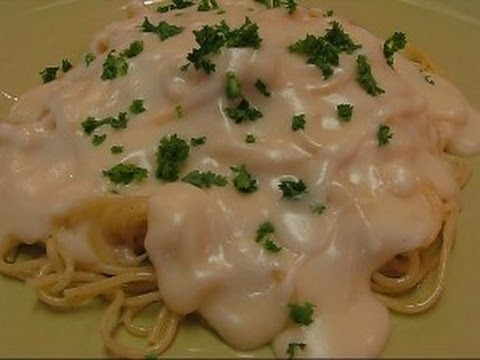 Betty's Silky Alfredo Sauce