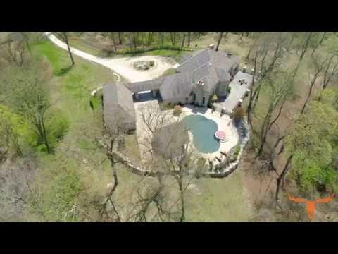 Luxury Custom Built Bluff Top Estate for Sale in Fieldon Illinois