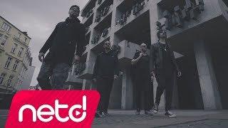 Download maNga feat. Kamufle, Joker, Tankurt Manas, Fate Fat, Dj Hırs - 1000 Parça Video