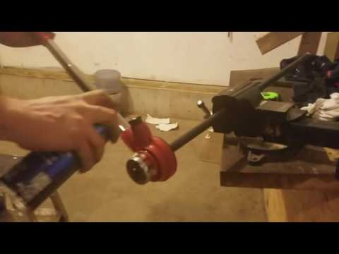 DIY cutting and threading steel gas pipe