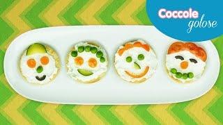 Crostini finger food con verdure e formaggio - Ricette per bambini di Coccole Sonore