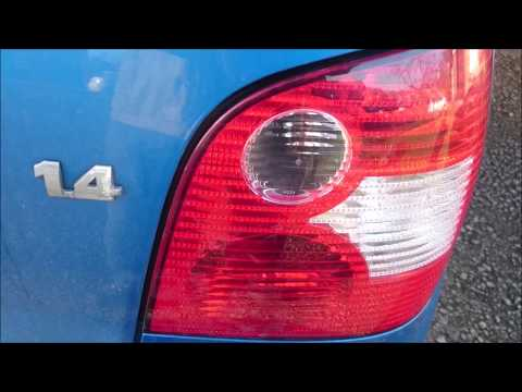 VW Polo brake light bulb, how to fit/replace