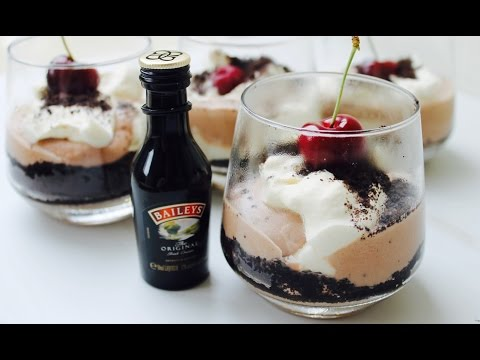 Easy dessert recipe: How to make Baileys cookies and cream parfaits