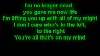 Download Skillet - Famous (Lyrics) Video