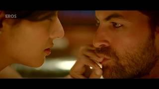 Sonal Chauhan drowned | 3G | Romantic Scene