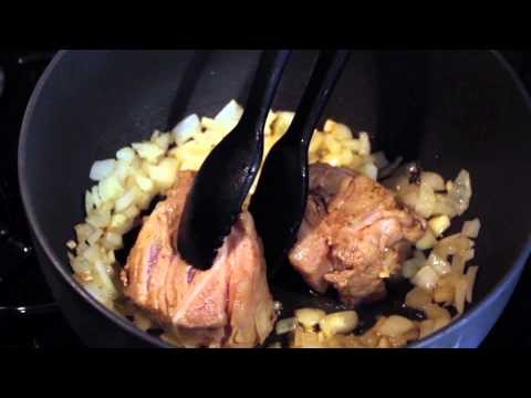 How to: Mexican Pork Stew : International Home Cooking