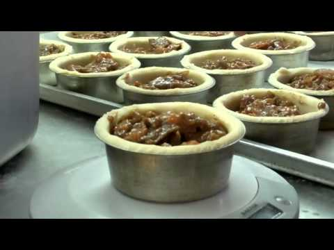 Making a perfect pie at Walsingham Farms Shop