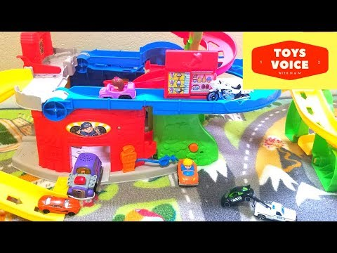 Fisher Price Little People Sit n Stand Skyway with Hot Wheels & Hot Rod Review  | Toys Voice