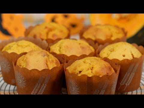 Pumpkin Muffins Recipe (Halloween Dessert with Walnuts and Sweet Kabocha Squash) | Cooking with Dog