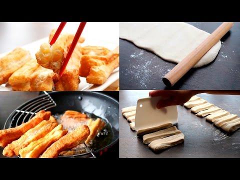 Chinese Doughnut Recipe   Fried BreadStick   Chinese Street Food   Youtiao 炸油条 Đi Ăn Bánh Tiêu Pháp