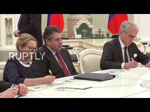 Russia: Putin discusses normalisation of relations with German FM Gabriel in Moscow