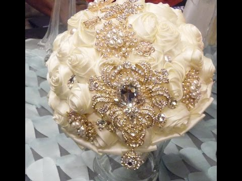 DIY How to Make Your Own Brooch Bridal Bouquet