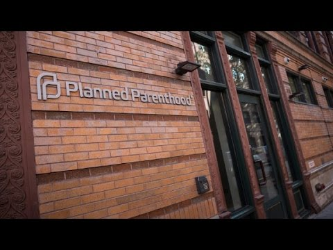 Trump signs anti-Planned Parenthood law