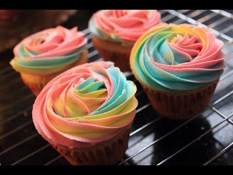 Vanilla Cup Cake / Rainbow Cup Cake
