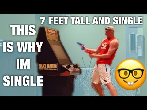 7 FEET TALL AND SINGLE..this is why