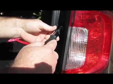 2011 Ford Edge tail light bulb replacement