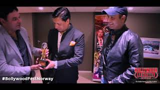 Bollywood Hungama's Faridoon Shahryar Wins An Award For His Journalism | Bollywood Fest Norway