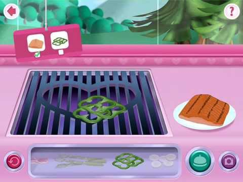 Minnie's Mouse Grill Station in Food Truck - Disney App  Fish and Green
