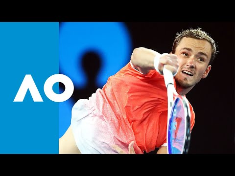 Novak Djokovic vs Daniil Medvedev second set tiebreak | Australian Open 2019 R4