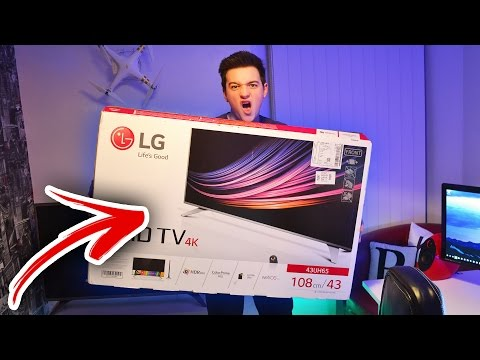Building My NEW GAMING SETUP Part 2:MY NEW 4K TV!