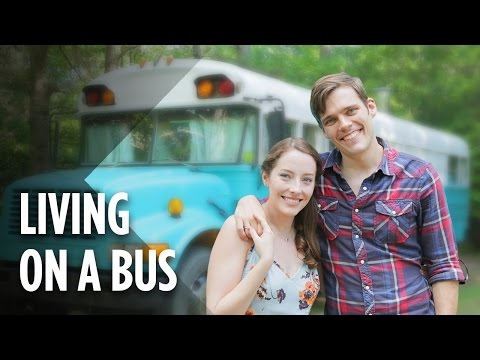 This Couple Lives In A Bus To Escape Chicago's High Cost Of Living