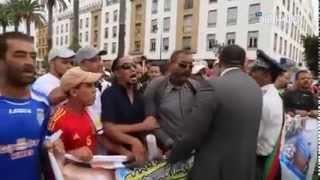 الشرطة المغربية في خدمة الشعب و هي في الحقيقة شيء آخر (تفوووو على الحكرة)
