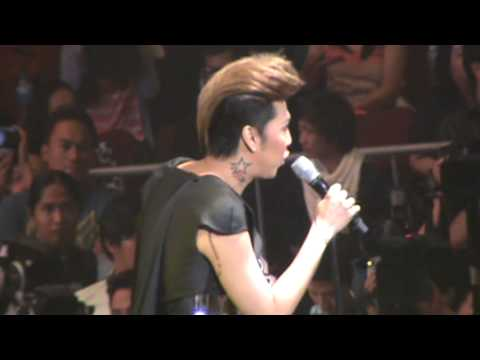 Yahoo OMG Awards - VICE GANDA 07.19.13