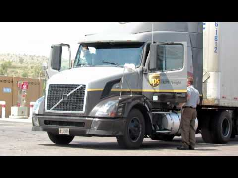 UPS OVERNITE DELIVERY TRUCK & DRIVERS