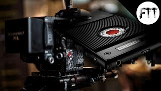 RED Hydrogen One - With Holographic Display & 1200$ Price tag :O who is it for???