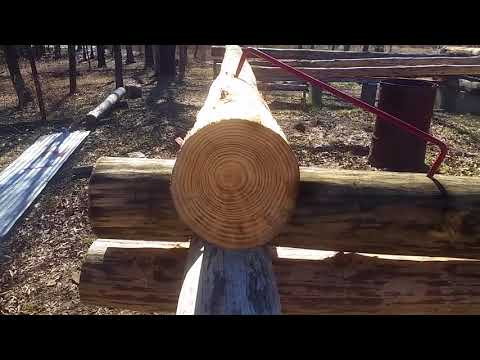 MY OFF GRID LOG CABIN BUILD #9 Level and Align Wall Logs