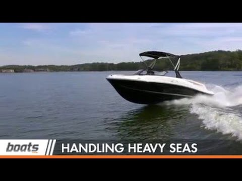Boating Tips: 3 Tips for Handling Heavy Seas