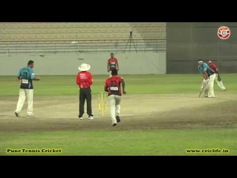 Ifzal of Hanan Cricket Club Qatar Batting in HANAN Premier League 2016 QATAR