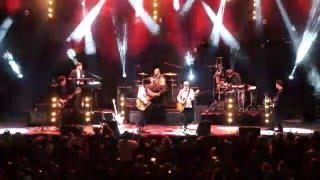 ידיים למעלה Live - אהוד בנאי וכנסיית השכל בהופעה | Moozing