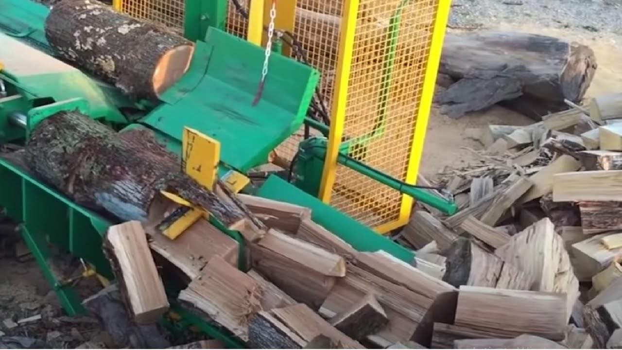 Amazing Homemade Invention, Modern Homemade Firewood Processing Wood Cutting Chainsaw Machines